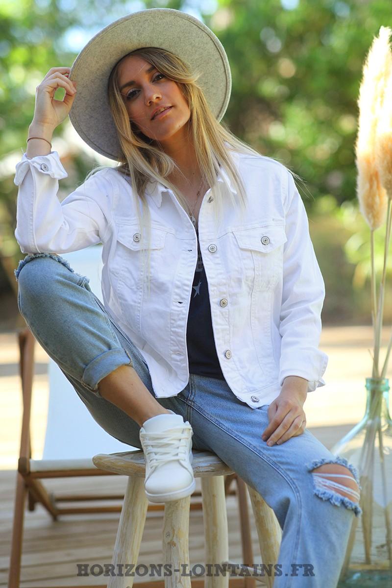 veste-jean-blanche-look-femme-urbain-vintage