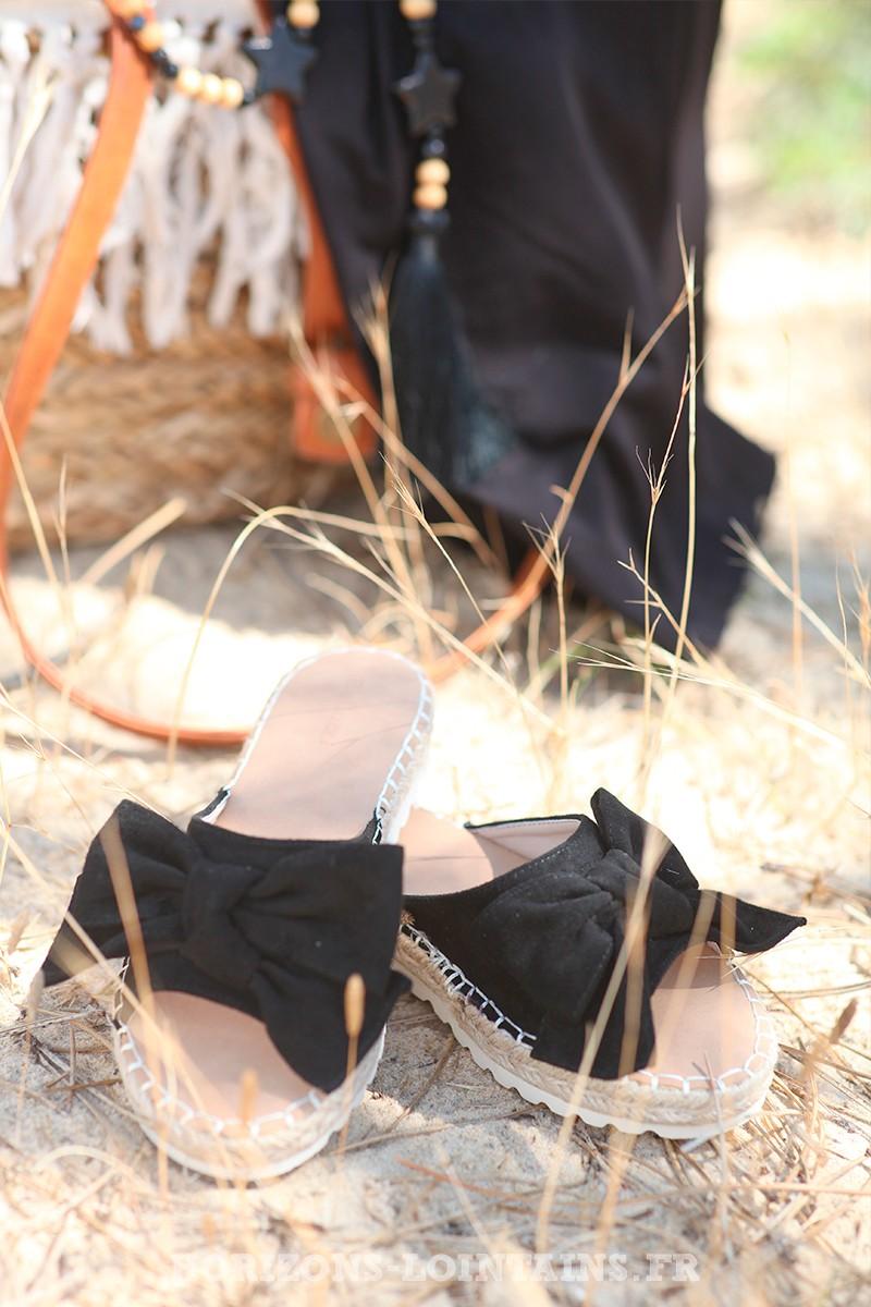 Mules-noires-avec-nœuds-suedine-d006 3