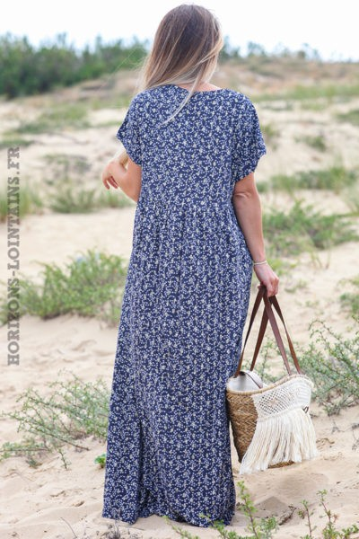 Robe-longue-bleu-marine-fleurie-avec-losanges-dorés-robes-esprit-bohème-hippie-D064