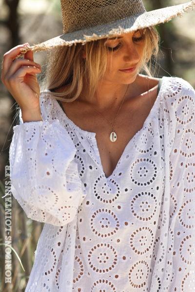 Tunique-blanche-manches-longues-broderie-anglaise-blouse-bohème-esprit-hippie-D113
