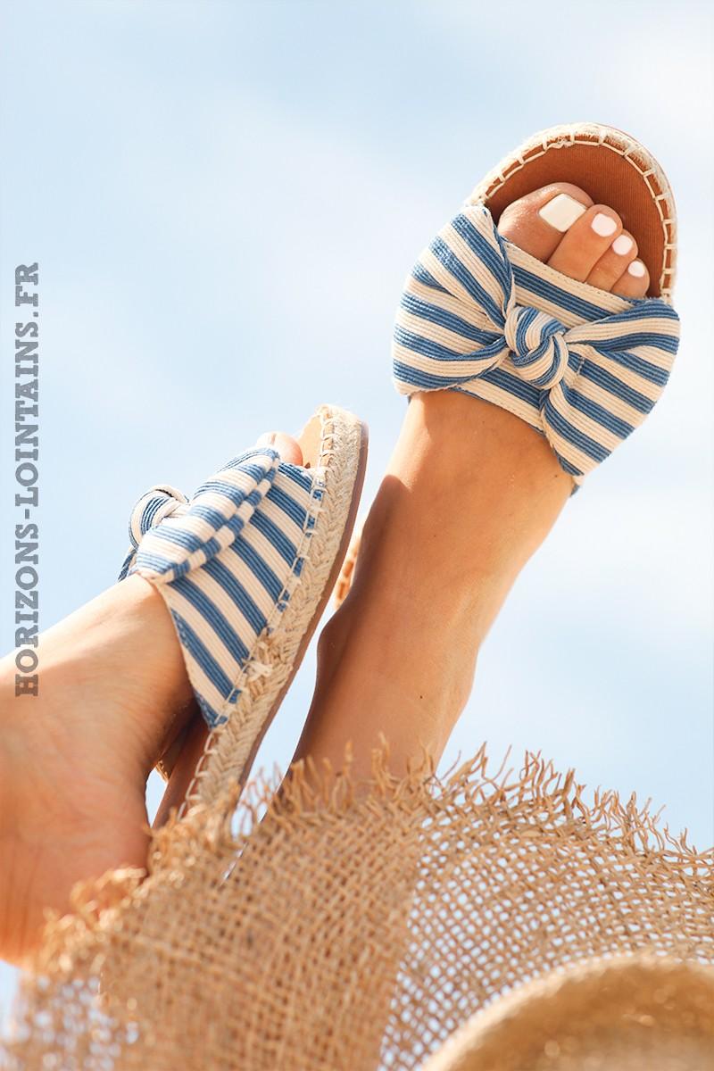 mules-plates-noeud-rayures-bleu-et-blanc