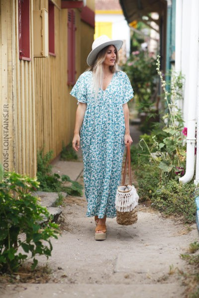 Robe longue turquoise fleurie petits boutons col d91 2
