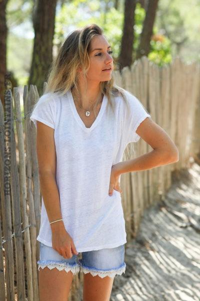 Tshirt-blanc-col-V-basique-en-lin-d129
