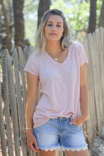 Tshirt-rose-poudré-col-V-basique-en-lin-D129