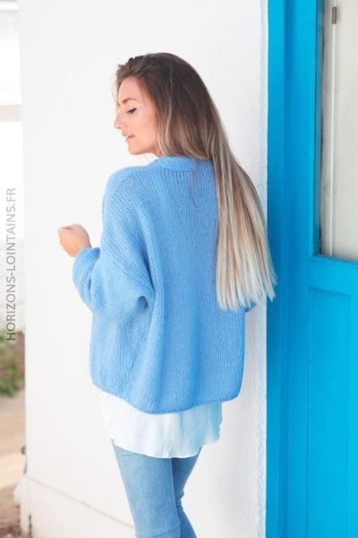 Gilet bleu col v bouton bois d001 2