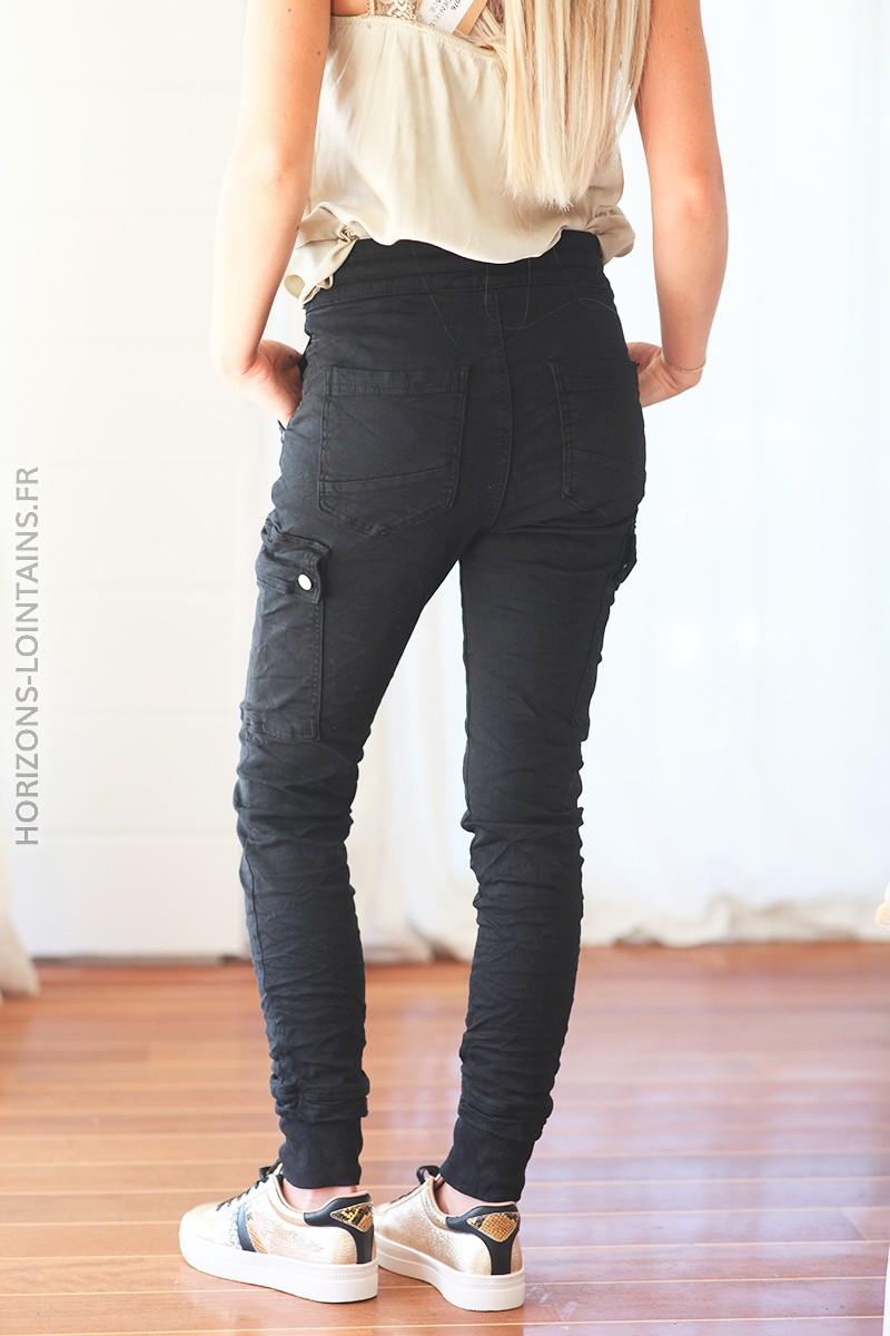 Pantalon cargo noir avec ceinture élastique C34 1