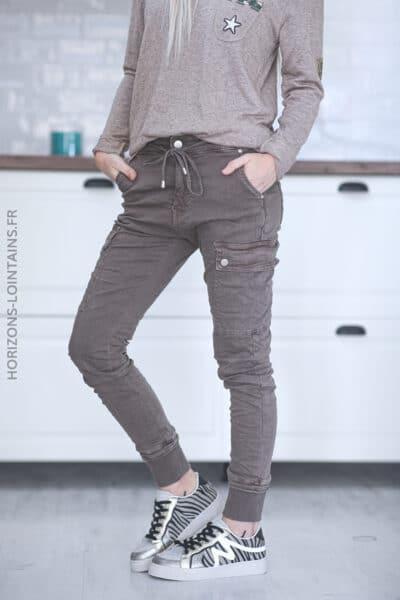 Pantalon cargo taupe avec ceinture élastique C34 (1)
