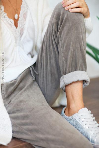 Jogging taupe en velours doux ceinture élastique poches zip D72 (1)