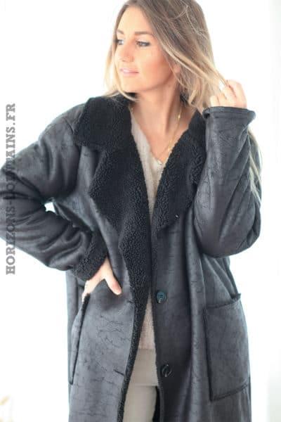 Manteau noir souple fourré effet peau retournée D17 (1)