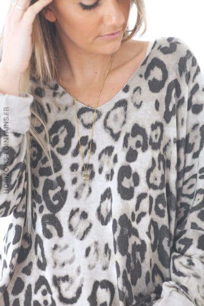 Pull beige jersey doux imprimé léopard D222 (1)