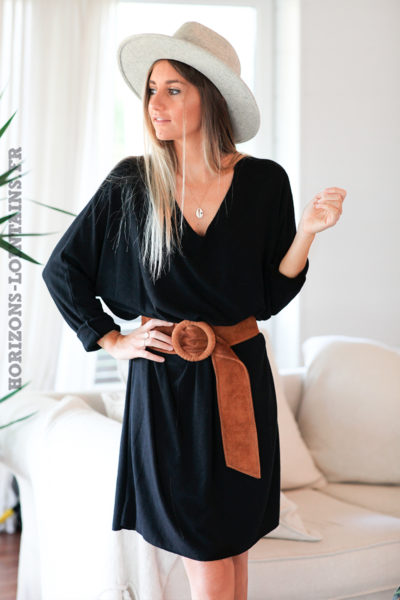 Robe noir milongue large manches chauve souris D118 (1)