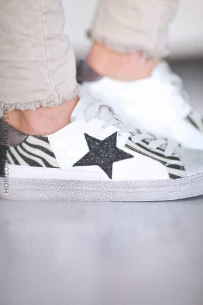 Baskets blanches zèbre étoile noire D36 (1)