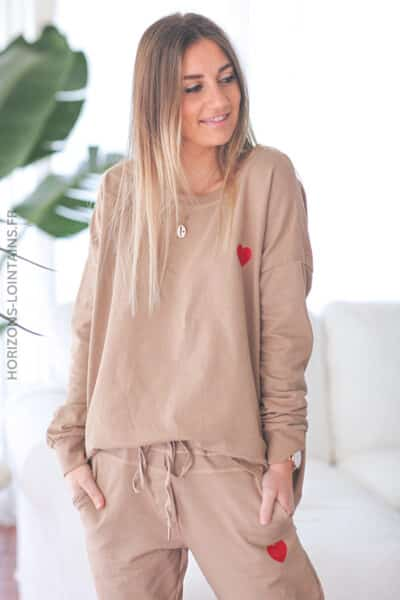 Ensemble confort camel sweat et jogg coeur rouge D293 (1)