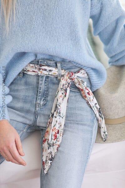 Jean délavé clair ceinture tissus fleurie E013 (1)