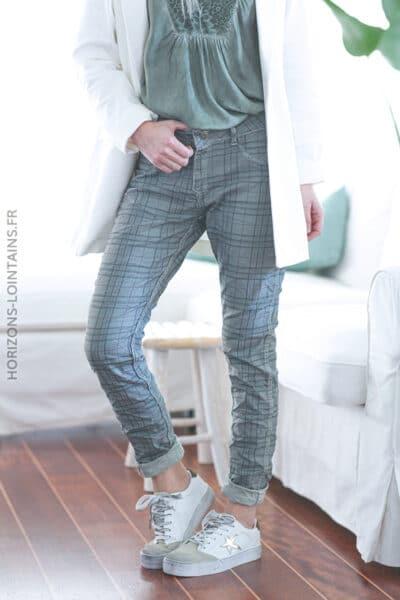 Pantalon kaki clair délavé à carreaux réversible E011 (1)