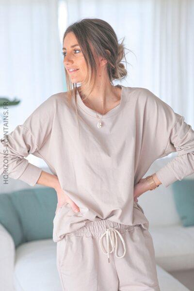 Sweat beige avec veste à capuche sans manche E002 (1)