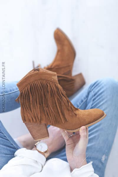 Bottines camel franges à talon E004 (1)