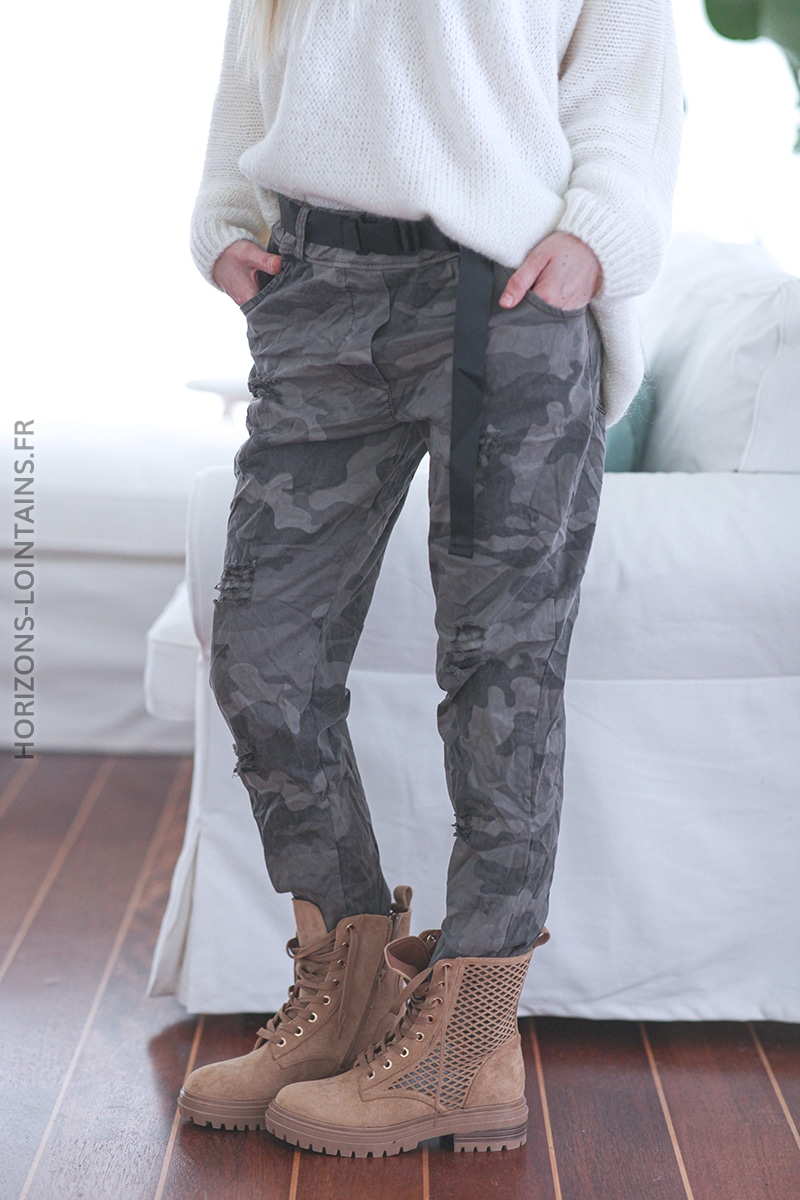 Pantalon camo taupe destroy avec ceinture E020 (1)