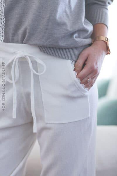 Pantalon écru en maille fine confort E028 (1)