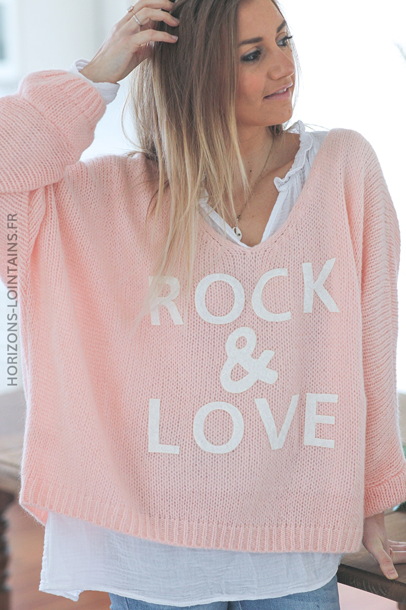 Pull rose pale oversize grosses mailles rock and roll D224 (1)