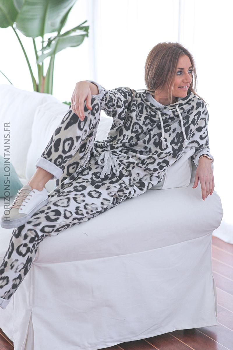 Sweat blanc fin à capuche imprimé léopard E028 (1)