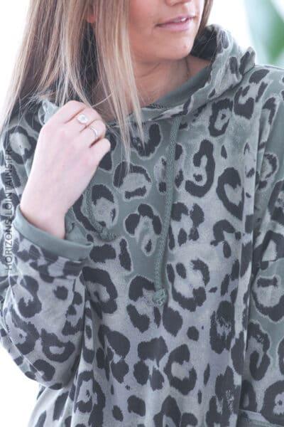 Sweat kaki fin à capuche imprimé léopard E028 (1)