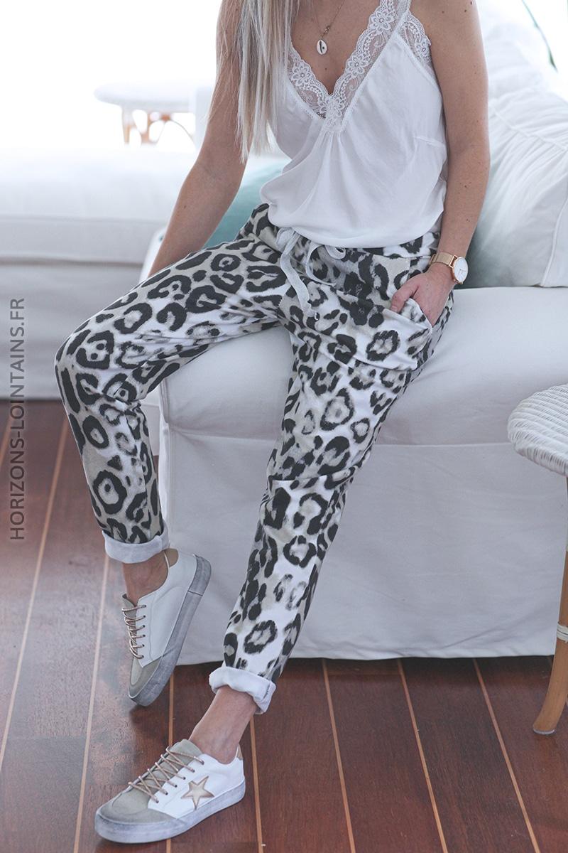 jogging leopard blanc E024 (1)